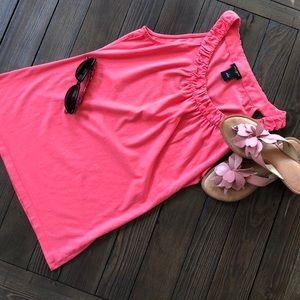 Ann Taylor Salmon pink colored sleeveless T-shirt